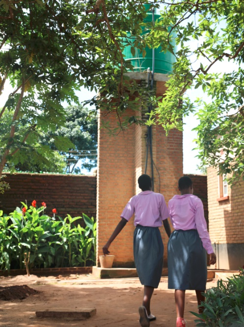 Jacaranda Schools highly successful solar powered water pump - Lessons from Malawi: Solar Energy Needs Local Leaders