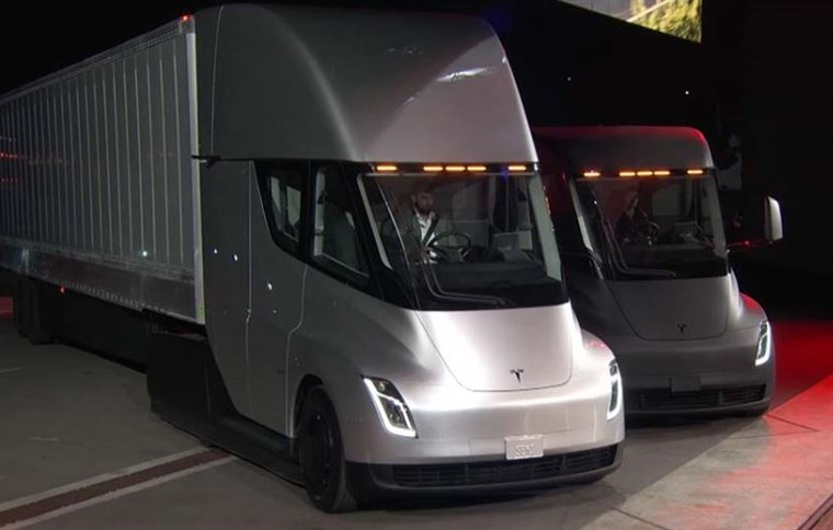 tesla semi 733ee426c6244a3ad84275a75df8da20.fit 760w - Electric Vehicles: What is the Future?